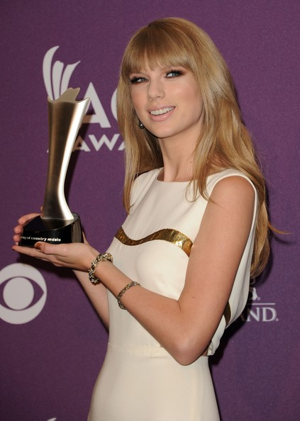 Taylor Swift American Country Awards