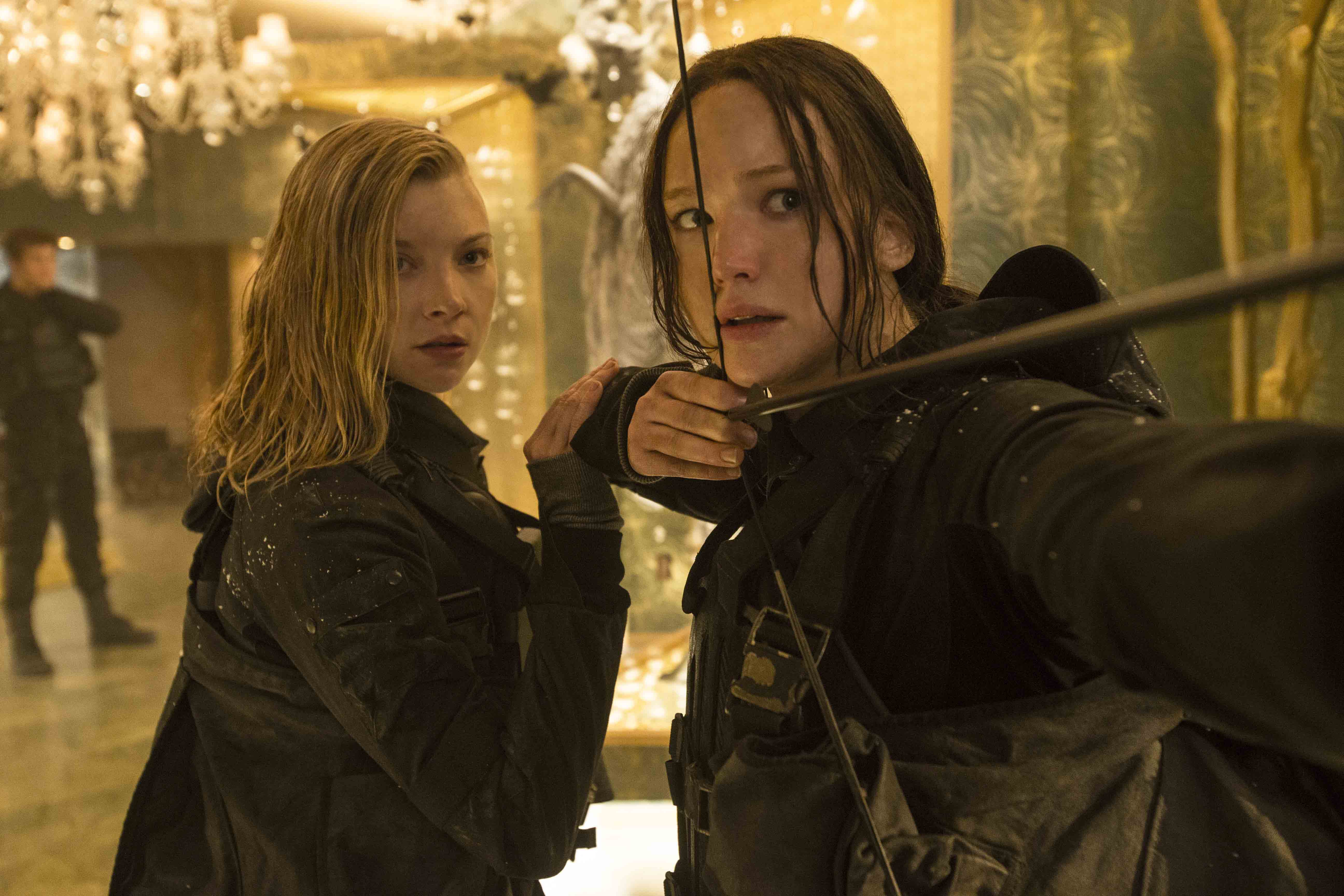 Hunger Games Mockingjay Part 2 movie review by Lauren Steffany