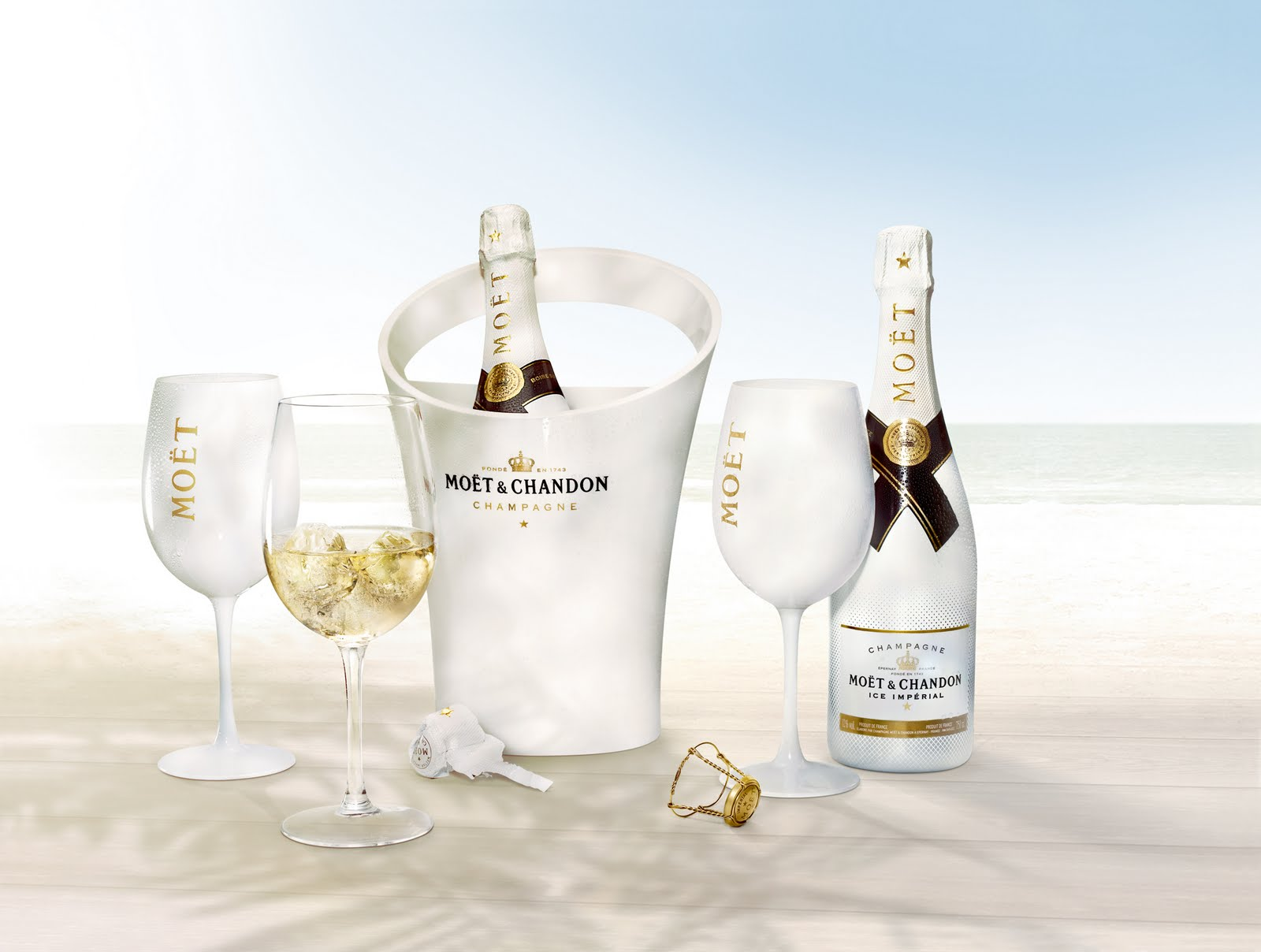 mo t chandon ice imp rial yes you can have champagne on ice latf usa. Black Bedroom Furniture Sets. Home Design Ideas