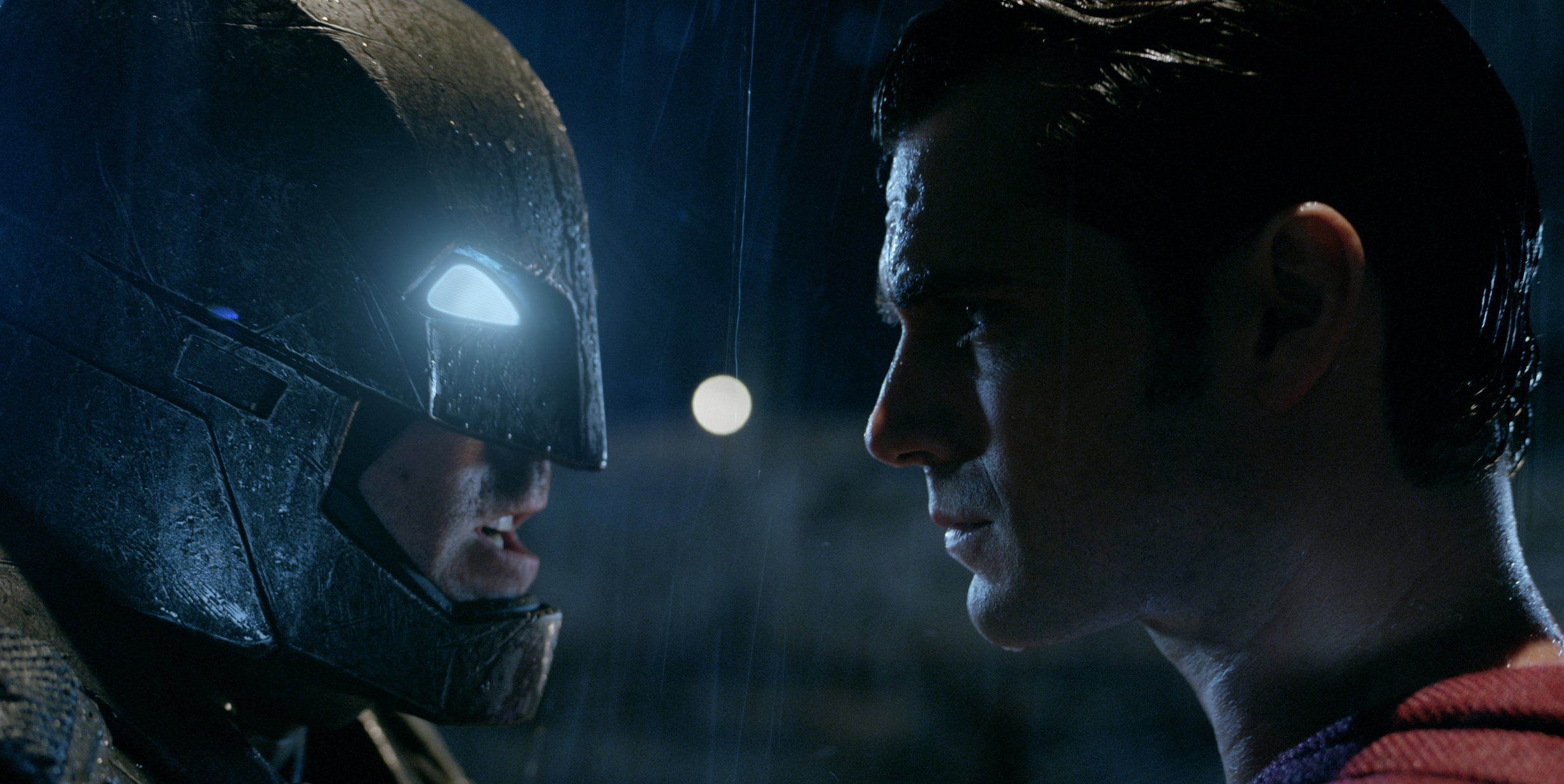 'Batman vs. Superman' movie review by Lucas Mirabella - LATF USA