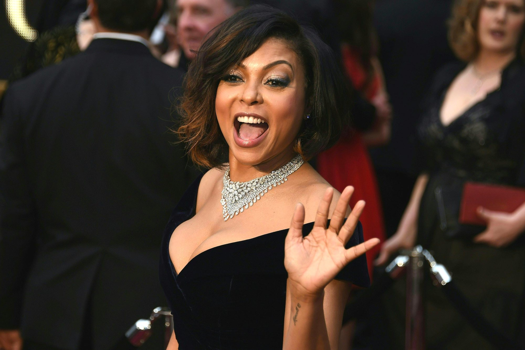 taraji p henson red carpet oscars