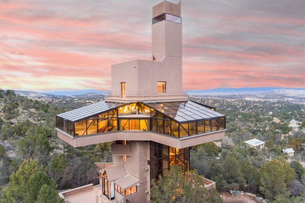 falcon crest, world's tallest home
