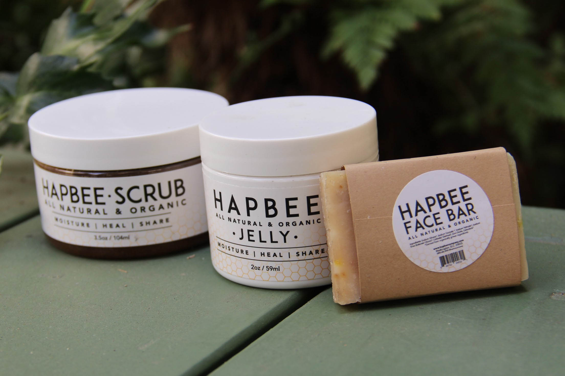 Hapbee skincare products