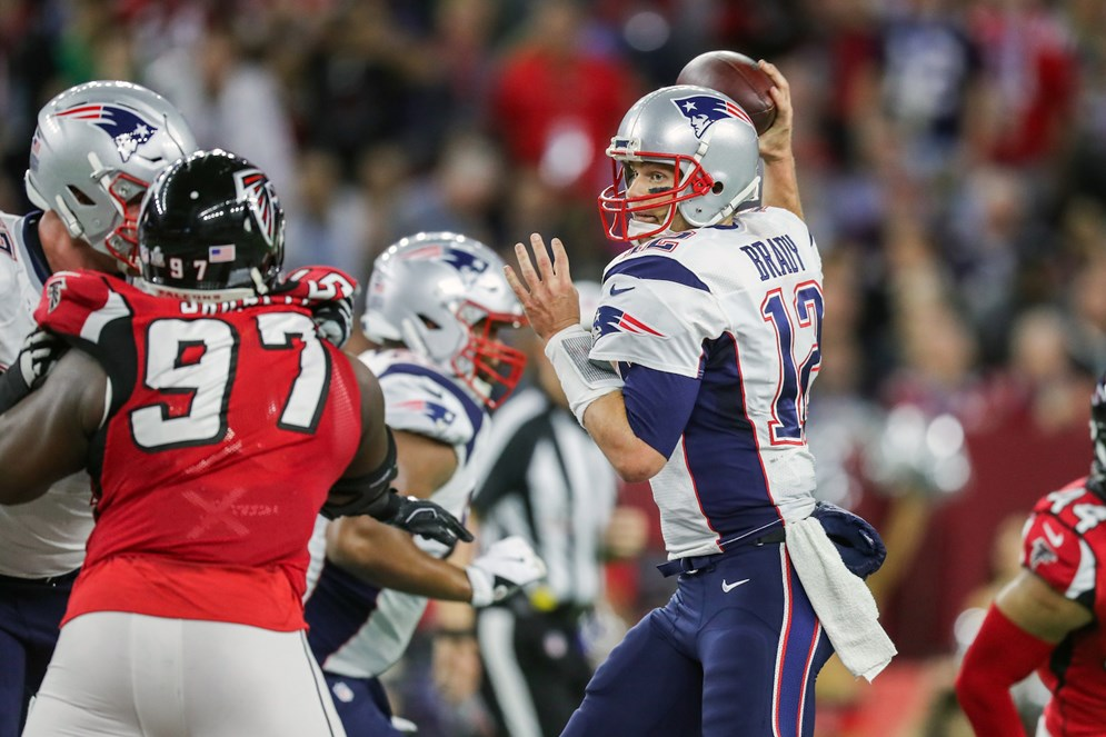 Football season is here fun nfl facts highlights latf usa the nfl returns this week and its time to get back to football that means the next five months will be packed with the sizzle and suspense that comes only stopboris Choice Image