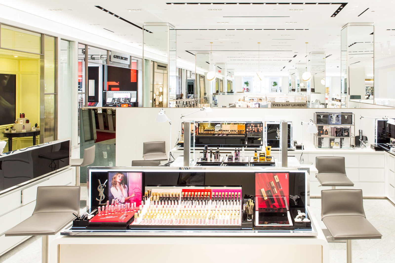 saks fifth ave beauty space