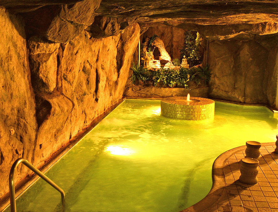 beverly hot springs